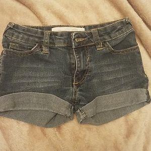 Girl's denim shorts size 7
